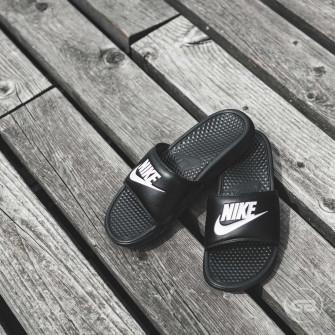 Natikači Nike Benassi